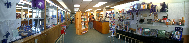 bookstorepano21504lg.jpg