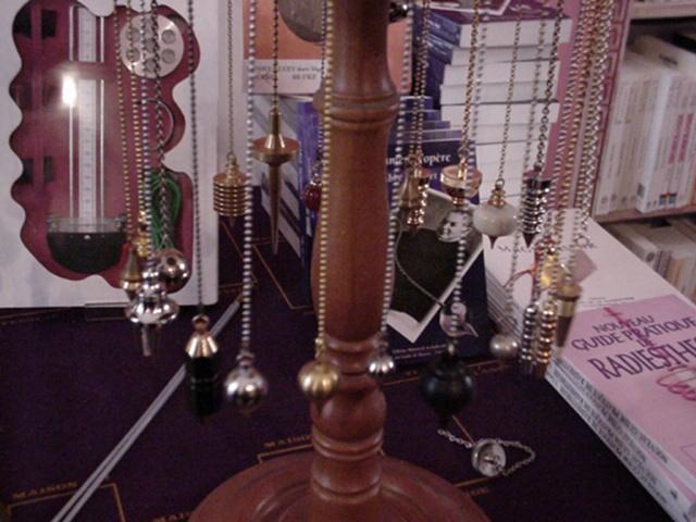 pendulumsonrack.jpg