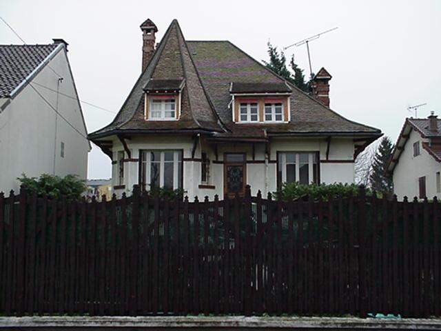 philippeshouse.jpg